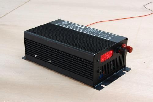 铅酸蓄电池充电器与锂电池充电器的区别 铅酸电池和锂电池的不同之处