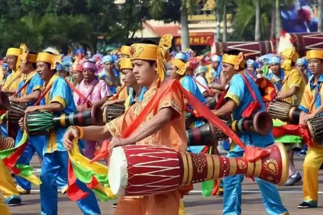 象脚鼓是哪个民族的打击乐器乐器 象脚鼓的形状