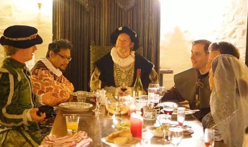 英国餐桌礼仪 英国人的基本餐桌礼仪