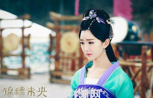 李常茹扮演者毛晓彤演技被赞 与老公陈翔结婚婚纱照曝光