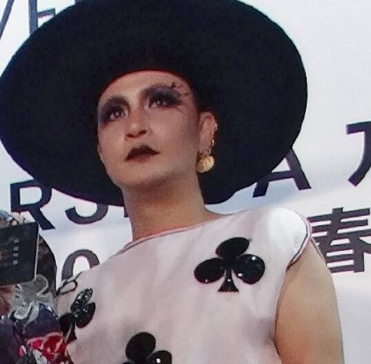 陈志朋回应另类造型 吴奇隆看到陈志朋哭揭其为什么妖化