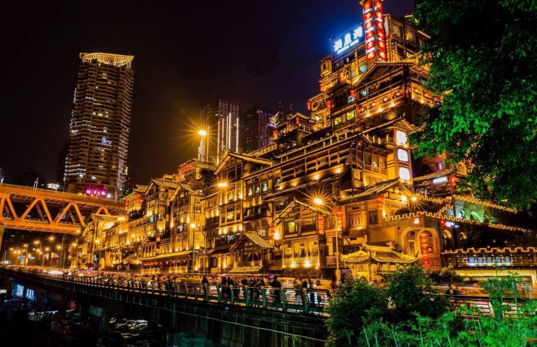 重庆有哪些好玩的地方 重庆好玩的地方有哪里
