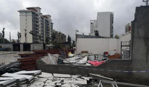 【痛心】海南儋州突发龙卷风致8死2伤 现场画面一片狼藉