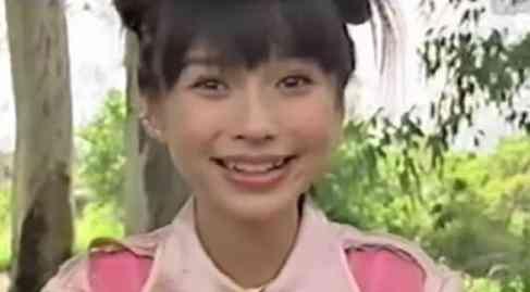 angelababy整容前后照片洗白 15岁戴牙套旧照曝光五官与现在一样