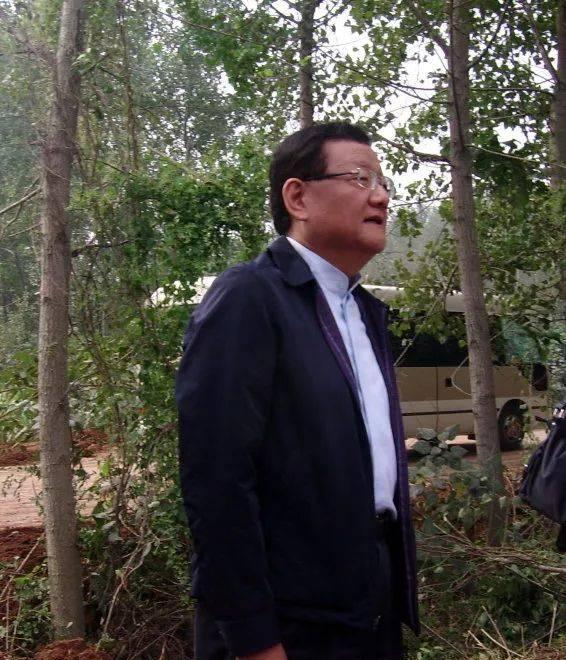 凤凰卫视行政总裁刘长乐先生苍山探亲纪实