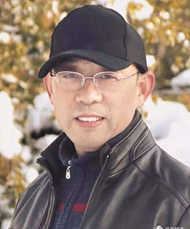安徽省文联主席、安徽省书协主席——吴雪