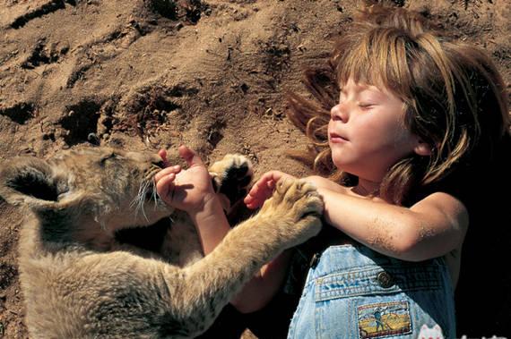 驰骋在非洲草原上的小Tippi长大了,现在她还好吗