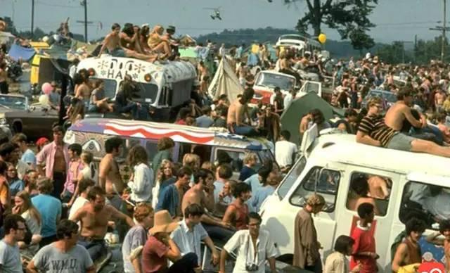 """""""伍德斯托克""""到底是什么?回到1969年看看去!"""