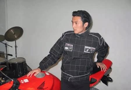中国娱乐圈十大赛车男神!林志颖仅第三名!