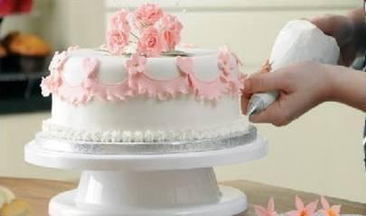 关于蛋糕裱花的技巧,这几种方法简单易上手。