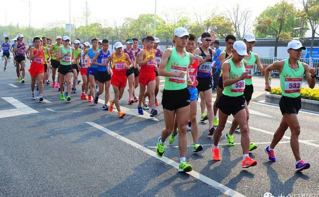 """大写的服!50公里竞走""""马拉松"""",他们花了4个多小时走完全程……"""