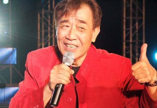 明星也能冻蒜!跨行政坛的台湾艺人
