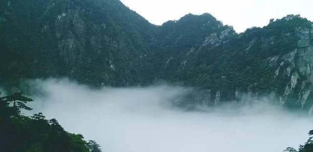 中国最神奇的电影《庐山恋》