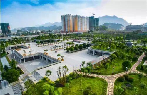 我的天,贵州省都匀一中的新校区太漂亮了