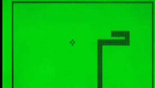 第一部带有游戏的手机是哪款 贪吃蛇问世时间输给了它