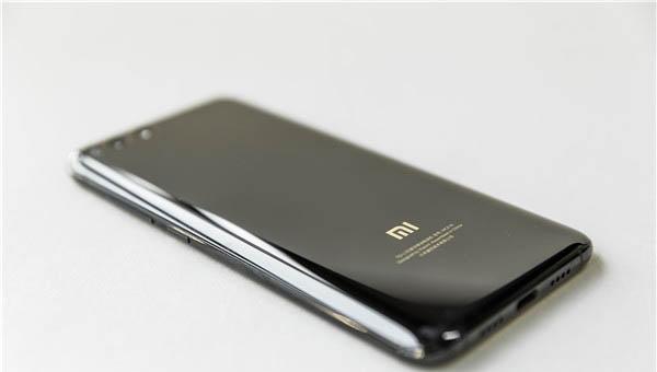 小米8se怎么设置来电转接 手机电话功能设置解析