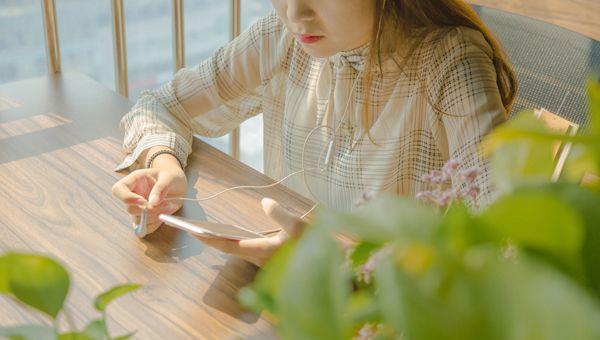 oppoReno怎么录屏 手机功能和设置方法介绍