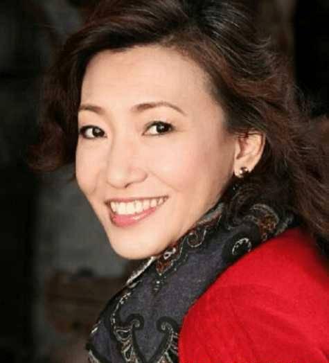 国家一级播音员去世,抗癌13年坚守岗位,白岩松惋惜刘春燕哽咽!