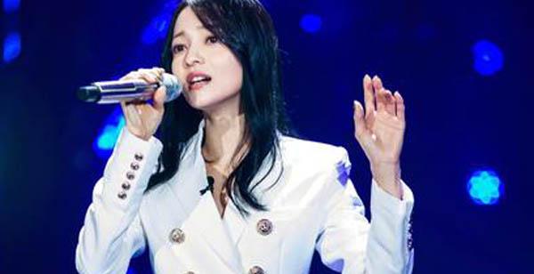 歌手2018张韶涵再见青春歌词含义 这是汪峰又一代表作