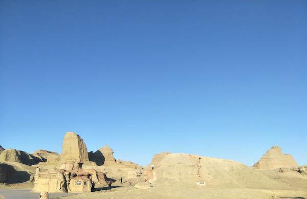 美国死亡谷石头为什么会移动 至今的未解之谜