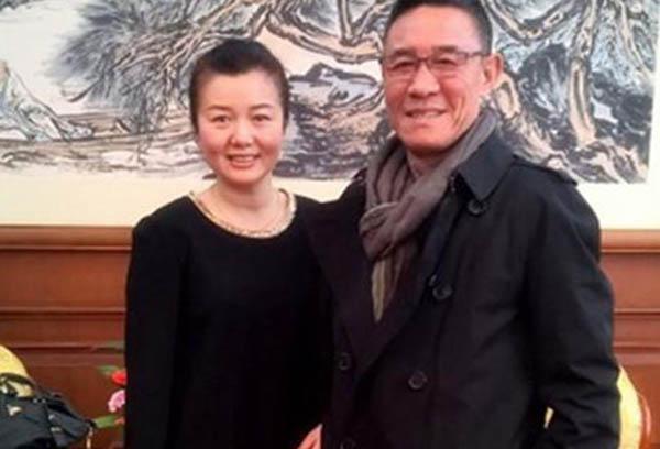 杜淳爸爸结婚了还是单身 杜志国结了三次婚现任老婆竟是她