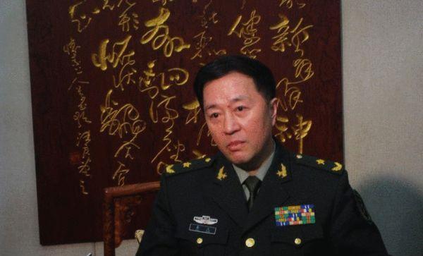 武警部队参谋长易人:名将之后秦天接棒刘振立