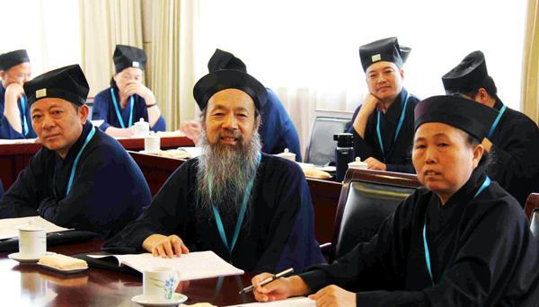 中国道教协会新一届领导班子一正19副:李光富当选会长