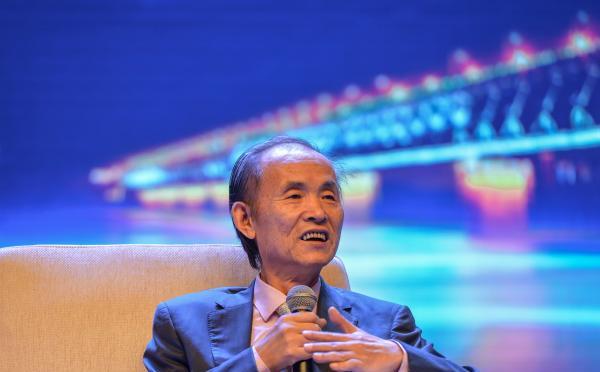宋国青:不要一听到好词就去买股票