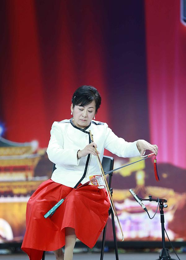推广|为什么《出彩中国人》的锯片做琴让全场惊呆了?