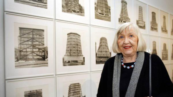 德国摄影师希拉·贝歇尔去世,曾记录半个多世纪的工业建筑
