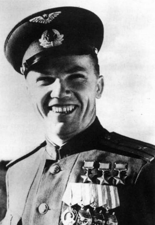史料新解:苏联卫国战争中的十大空战王牌
