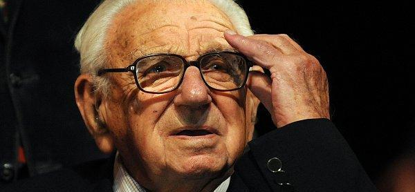 """救出669位犹太儿童的 """"英国辛德勒""""去世,曾隐瞒50年"""
