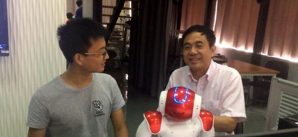 老师好②|上海交大曹其新:学一学期,能让机器人跳舞、泡茶