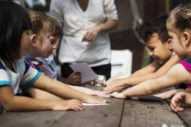 幼儿园最有教育意义的53个故事,老师家长可以讲给孩子听!
