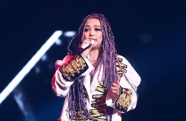 【图】张惠妹世界巡回演唱会北京开唱 炎热天气抵不住气氛