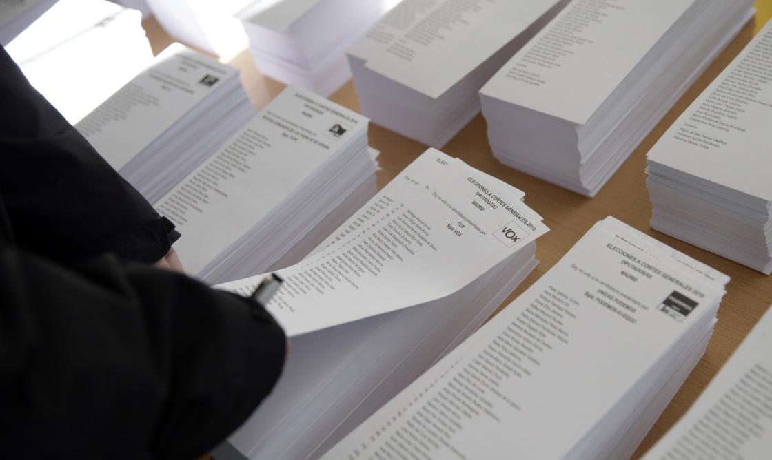 """西班牙大选看点:""""一场对首相桑切斯和加泰罗尼亚的公投"""""""