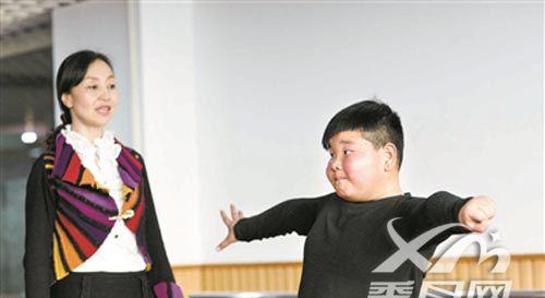 拉丁小胖专访:相当舞蹈家 何雄飞的减肥拉丁之路
