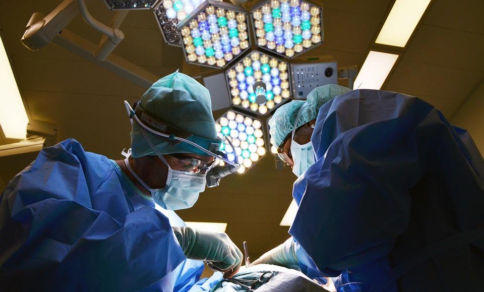 整容手术在中国:双眼皮手术最受欢迎?