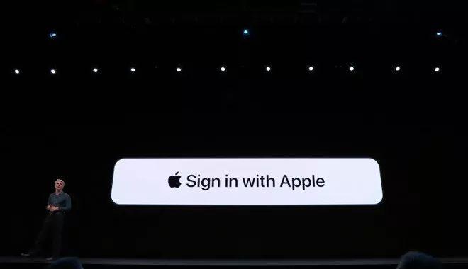 """苹果账号也要开发""""一键登录"""",位置还要在谷歌和脸书上面?"""