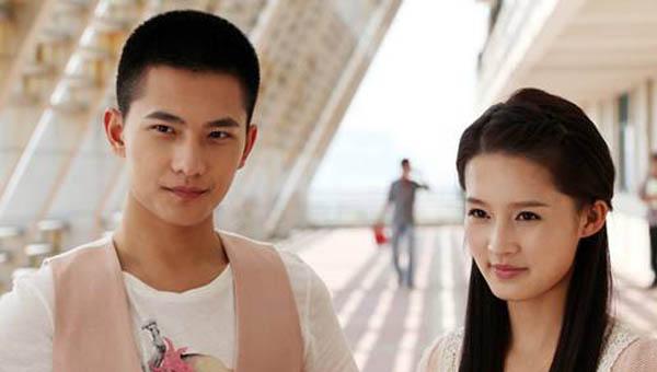 杨洋的女朋友是谁叫什么名字 哪个才是他喜欢的人