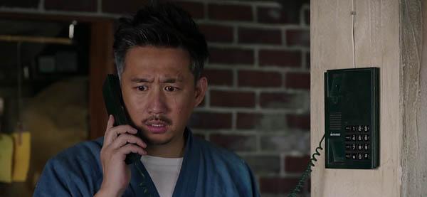 深夜食堂老板黄磊脸上为什么有刀疤 老板有什么故事