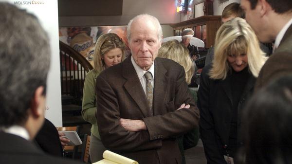 他让啤酒穿上铝罐装:银子弹啤酒前董事长去世,享年102岁