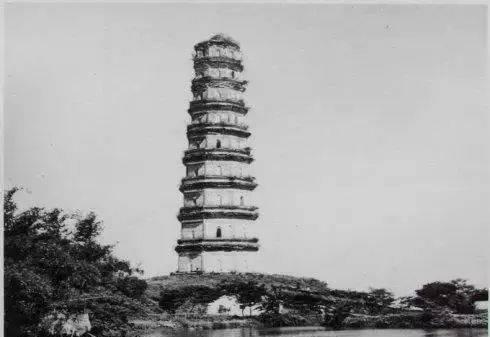 广州不只有小蛮腰,别忘了还有赤岗塔