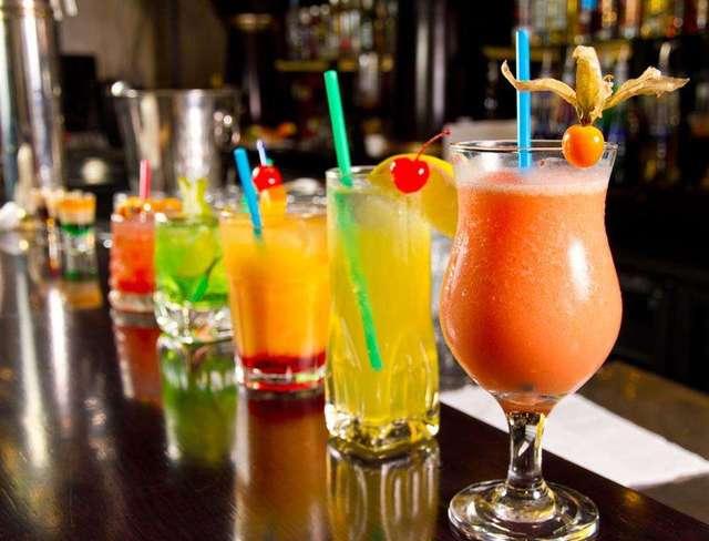 9种常见鸡尾酒调制方法图解,分分钟变身调酒达人