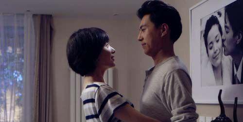 靳东为什么喜欢李佳 两人怎么认识的什么时候结的婚
