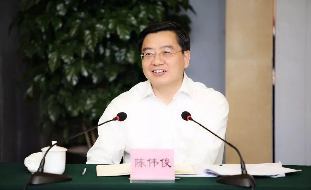 【关注】这个省最年轻的副省长履新省委常委