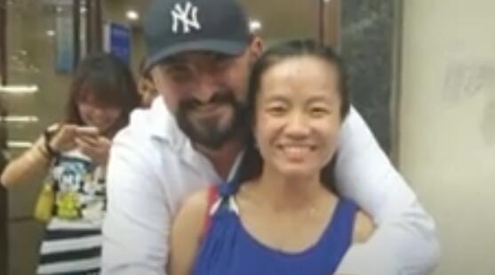 华人女教师3年前在美遭离奇射杀,警方悬赏寻求线索