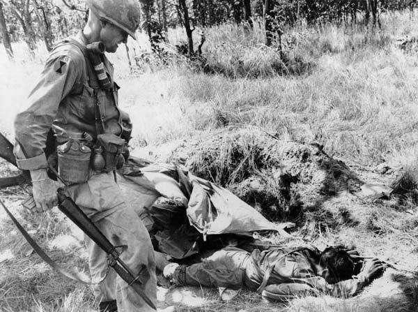 为什么同是打越南,美国14年搞不定,中国一个月就胜利班师回朝?