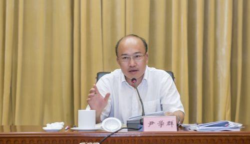 尹学群任浙江省财政厅党组书记,获提名任厅长