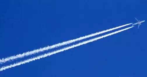 """航空科普01 — """"飞机云""""是如何形成的?"""